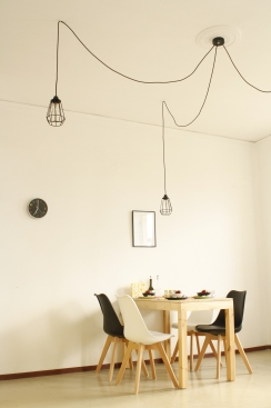 16_dining_table