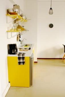 yellow_kitchen